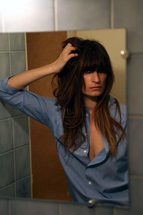 Caroline de Maigret - camisa-azul - casaco - inverno - street style