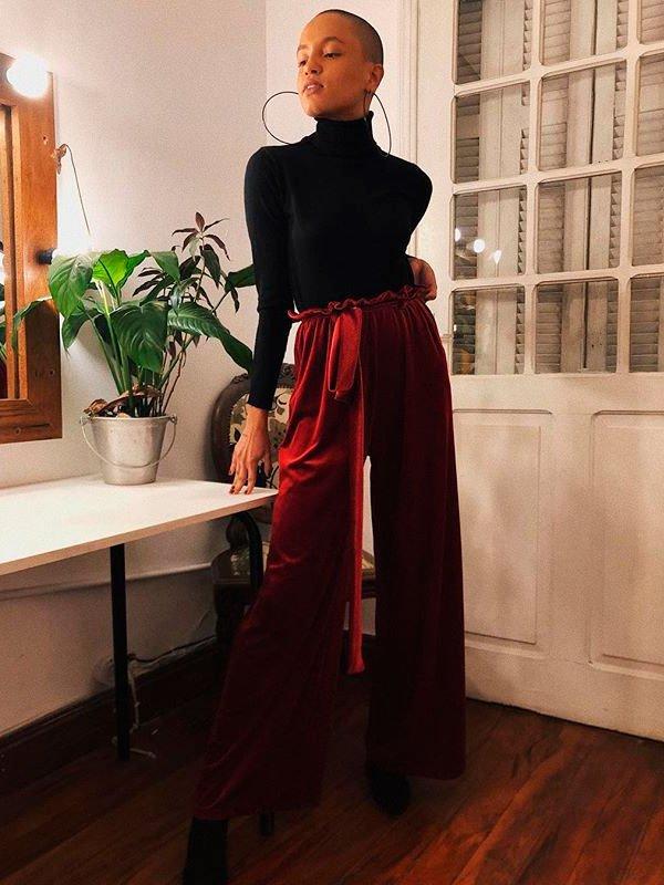 Cris Paladino - turtleneck-calca-burgundy - calça cintura alta - inverno - street style