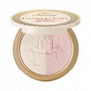 Iluminador Too Faced Candlelight Glow