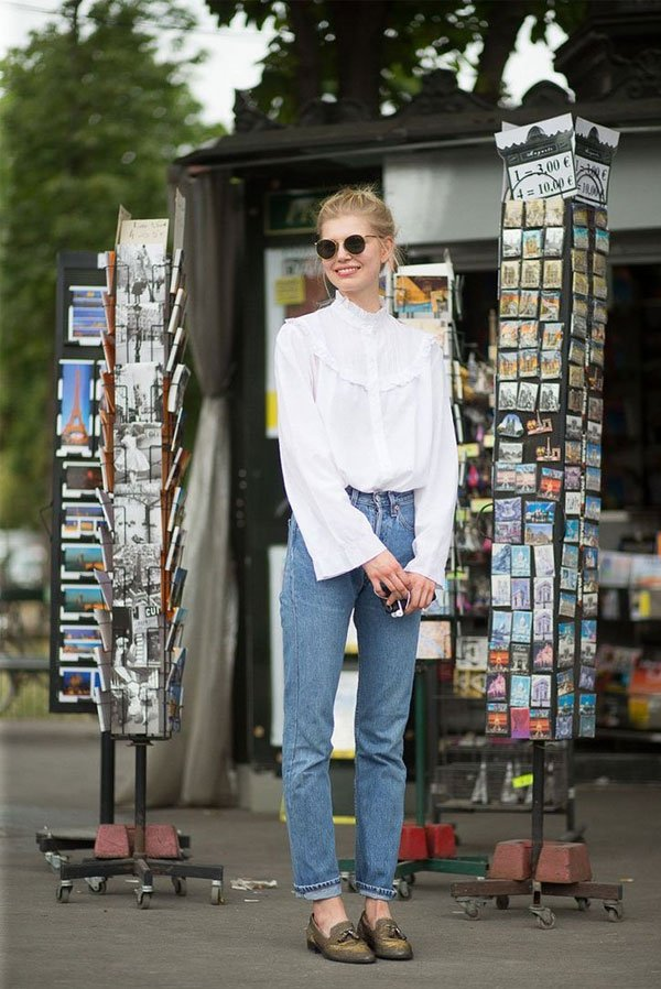 it-girl - camisa-branca-calça-jeans-mocassim - mocassim - meia estação - street style