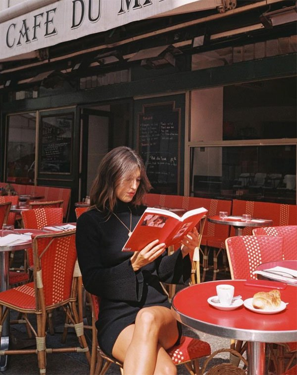 Jeanne Damas - vestido-preto-livro - vestido  - inverno - street style