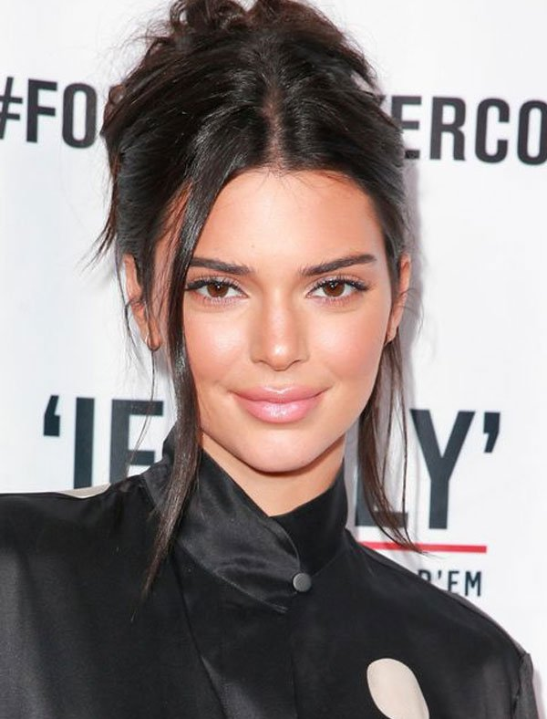 Kendall Jenner - kendall-jenner-maquiagem-glow-fresh-iluminada - pele iluminada - verão - red carpet