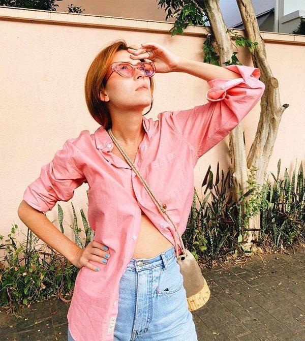 Martha Pinel - camisa-rosa-calca-jeans - camisa - meia estação - street style