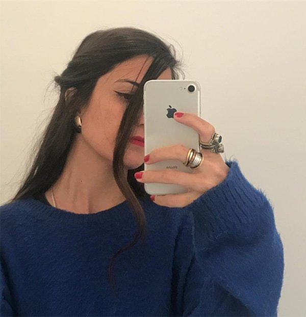 Rachel Mancini - blusa-azul-batom-vermelho-delineador - delineador - verão - street style