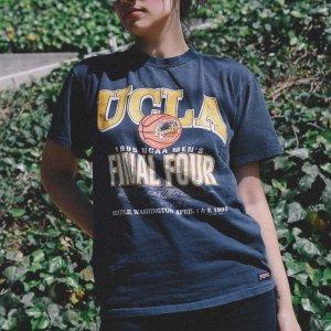 T-Shirt Vintage Ucla Tamanho: M - Cor: Azul