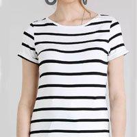 blusa feminina listrada manga curta decote redondo off white