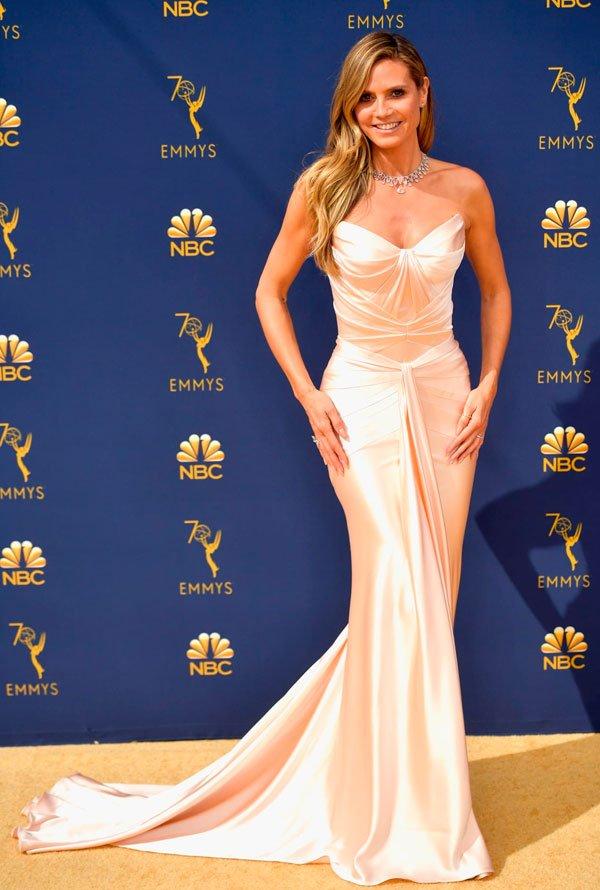Heidi Klum - heidi-klum-emmy-awards - vestido - verão - Emmy Awards