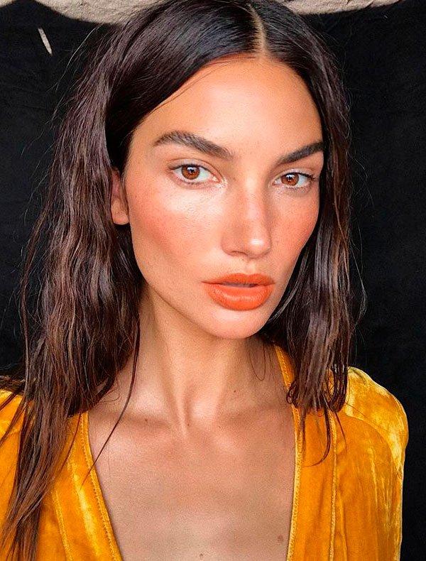 Lily Aldridge - maquiagem-fresh-verao-batom-laranja - make fresh - verão - estúdio
