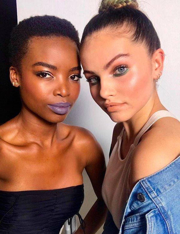 Maria Borges e Thylane - modelo-pele-iluminada-make - make iluminada - verão - estúdio