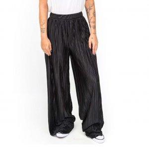 Calça Pantalona Plissada Tamanho: M - Cor: Preto