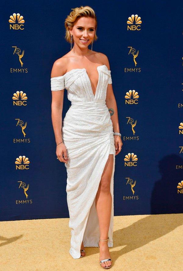 Scarlet Johansson  - scarlet-johansson-emmy-awards - vestido - verão - Emmy Awards