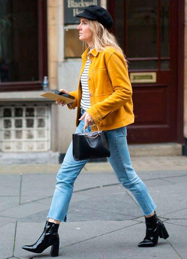 it-girl - t-shirt-listra-calca-jeans-boina-look-jaqueta-amarela - t-shirt-listras - verão - street style