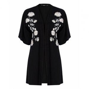 Kimono De Viscose Com Bordado