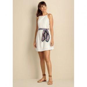 Vestido Básico Em Tecido De Linho Com Modelagem Fit E Flare