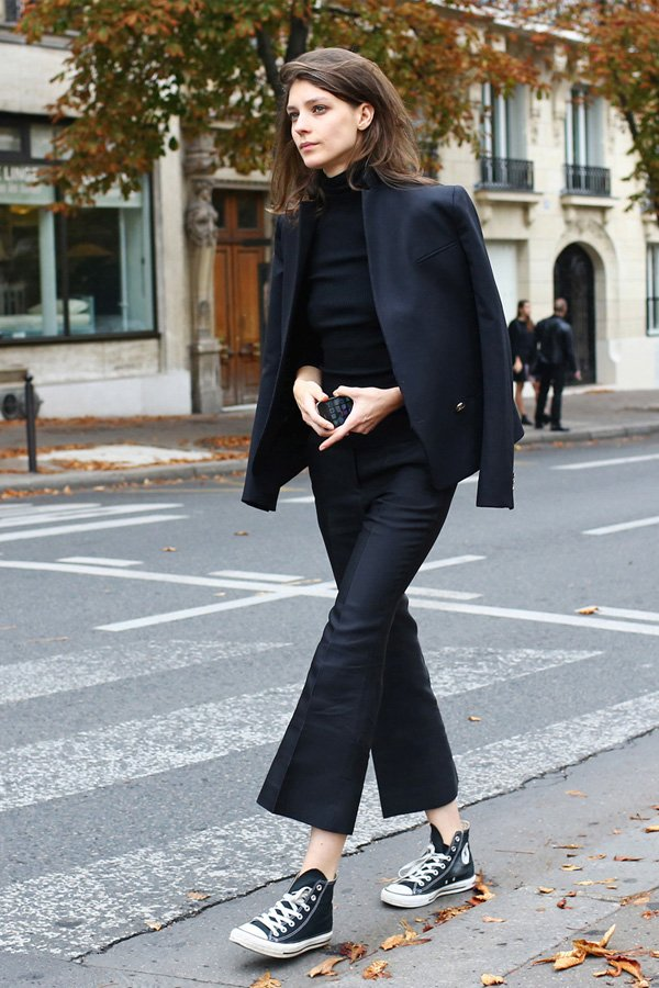 it girl - calca-preta-blazer-preto - calça preta - verão - street style