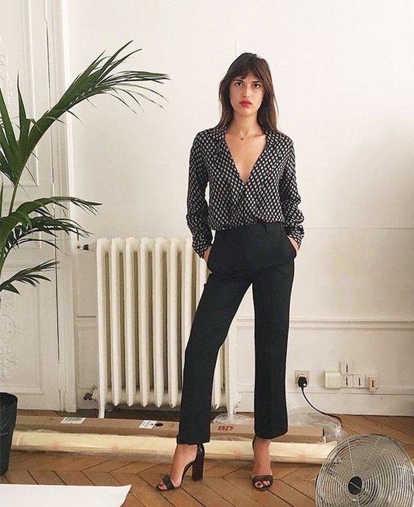 Jeanne Damas - camisa-poa-calca-preta - calca preta - verao - street style