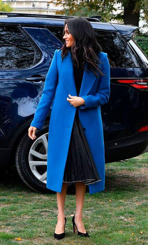 Meghan Markle - casaco-azul - sobretudo - inverno - Kensington Palace