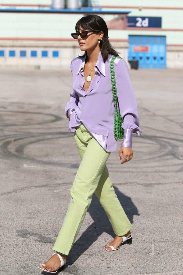 María Bernard - shirt-green-calca-lilacs - color - summer - street-style