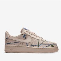 TÊNIS NIKE AIR FORCE 1 '07 LX FEMININO