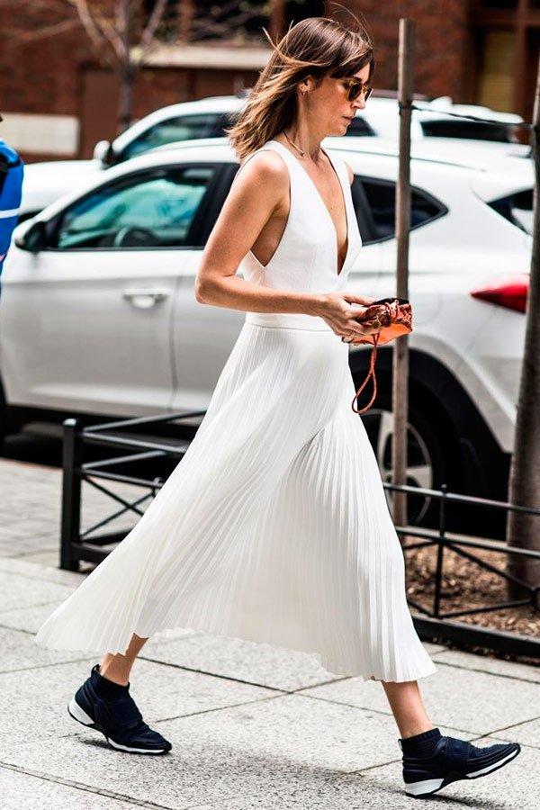 it-girl - vestido-e-tenis - tênis - verão - street-style