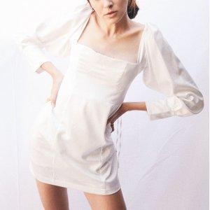 Royal Dress White Tamanho: G - Cor: Branco