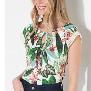 Blusa Quintess Floral Verde Com Gota Frontal