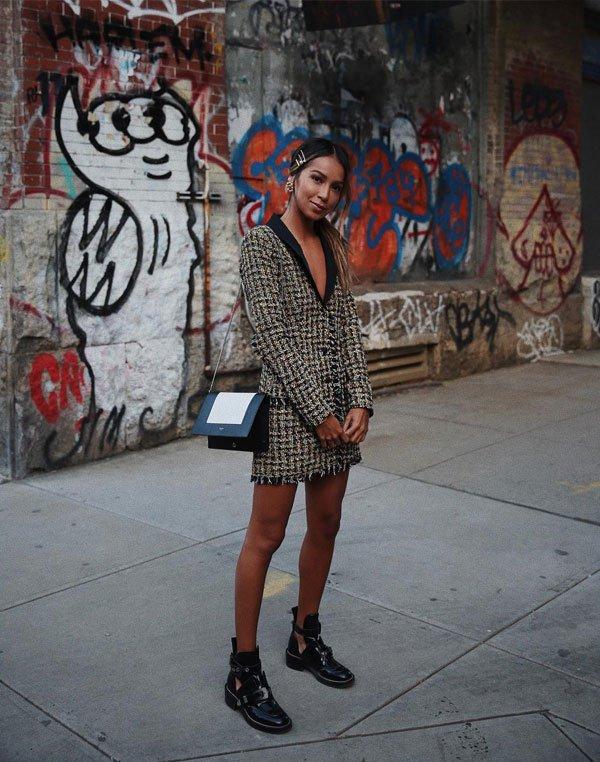 Julie Sariñana - blazer-bota - flat - meia estação - street style 2019