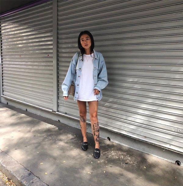 Luciane Sakon - t-shirt-jaqueta-jeans-flat - flat - meia estação - balada 2019
