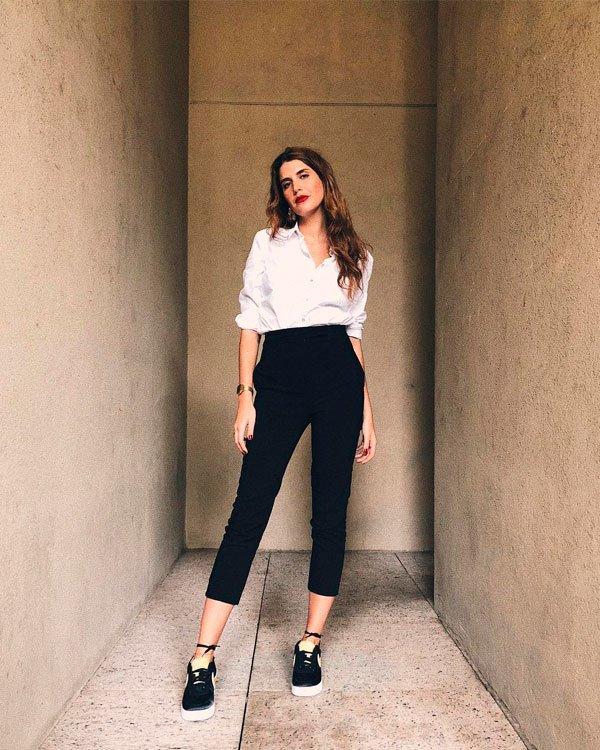 Manuela Bordasch - camisa-calça-tenis - tênis - meia estação - office