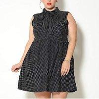Vestido Plus Size Vintage Poá Preto