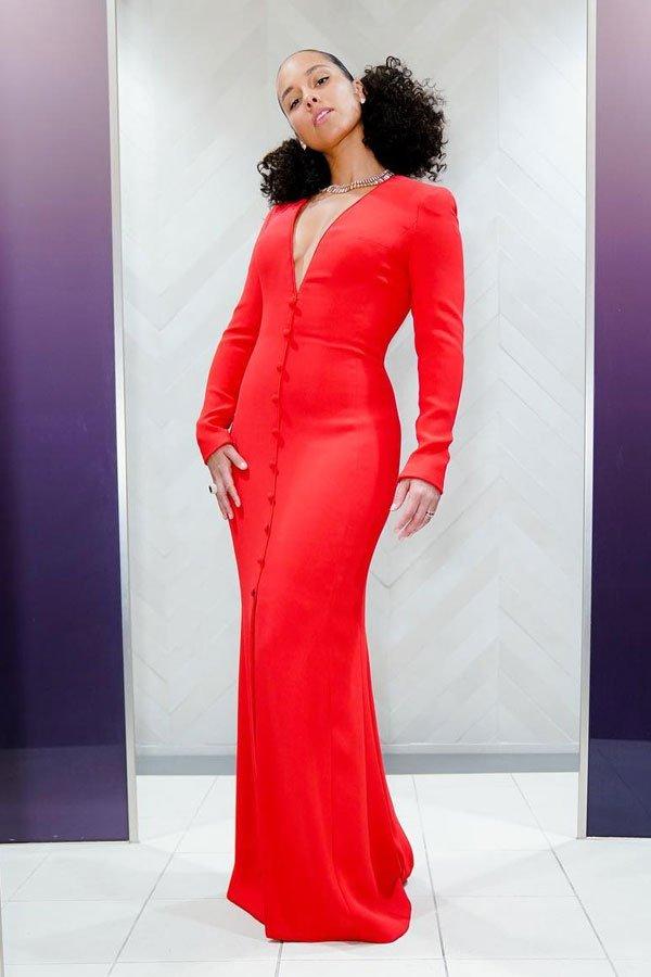 Alicia Keys - vestido vermelho - vermelho - meia-estação - grammy awards