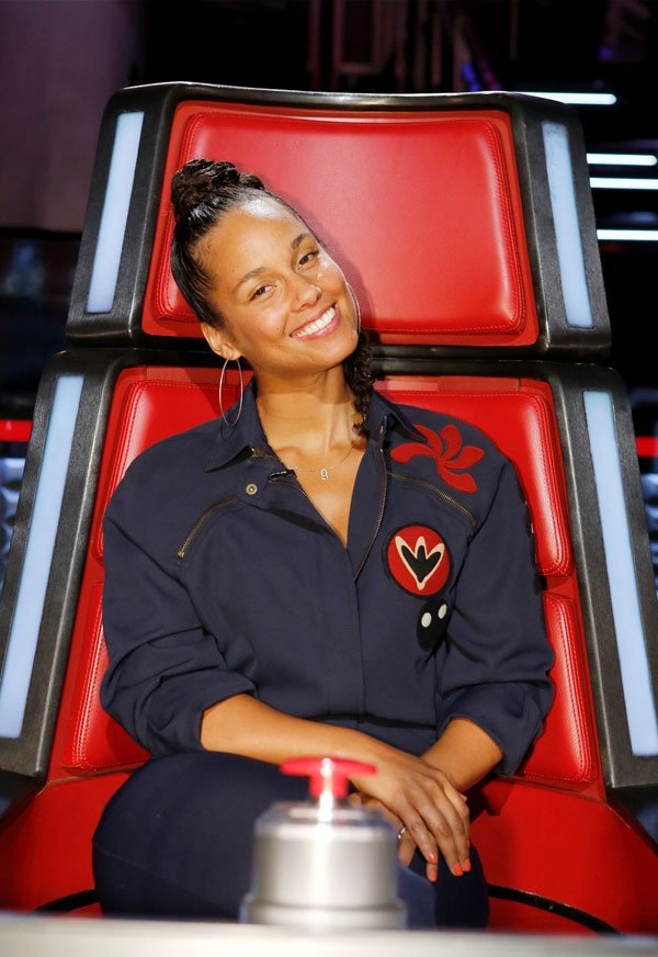 Alicia Keys - no make up - sem maquiagem - maquiagem - The Voice