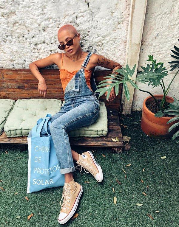 Cris Paladino - cropped-jardineira-all-star - All Star - verão - street style 2019
