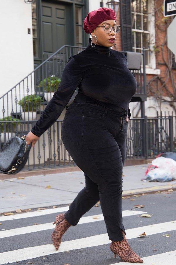 Kelly Augustine - calça e sueter - bota - meia-estação - street style