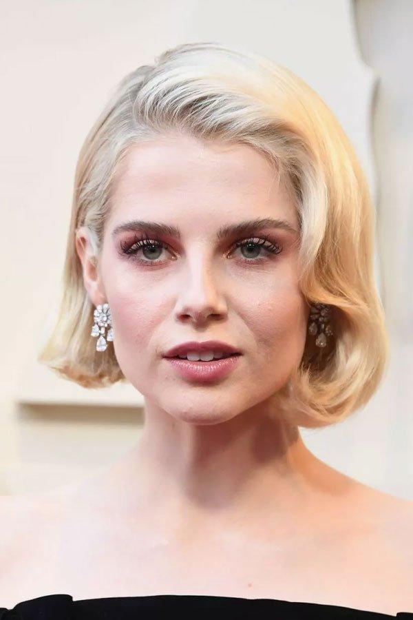 Lucy Boynton - makeup - beauty - makeup - oscar 2019
