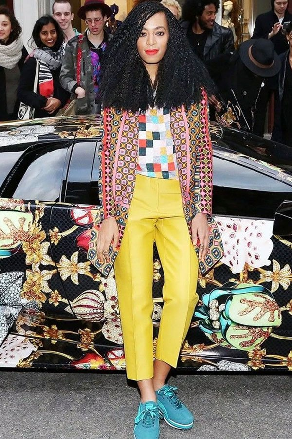 Solange Knowles - trousers jacket and T-shirt - colorful - mid-season - street style