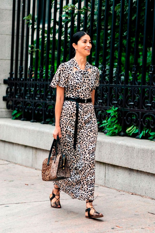 it-girl - vestido-onça - animal print - outono - street-style