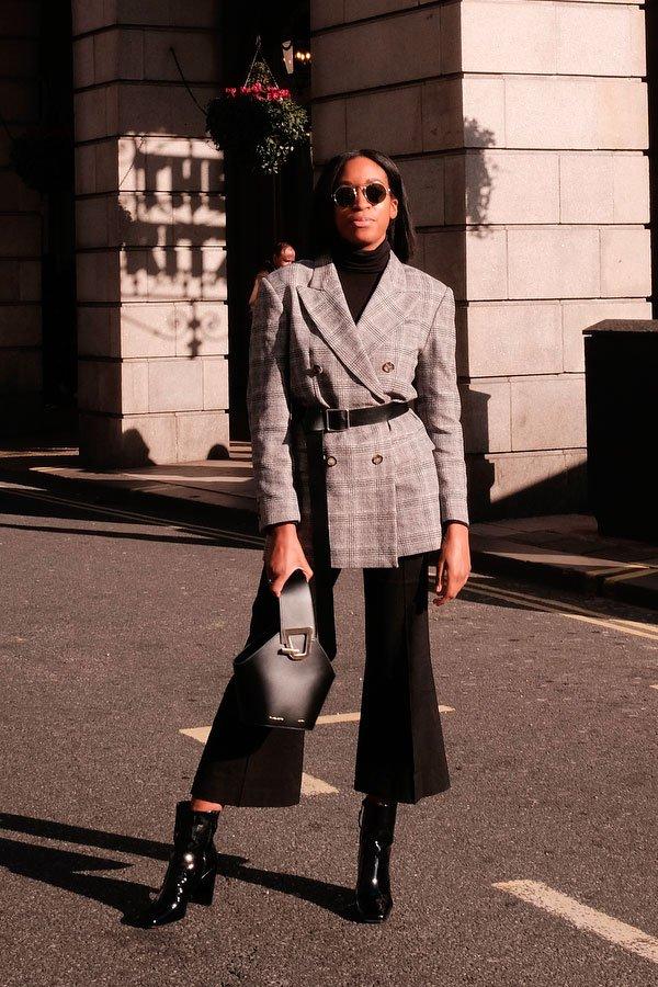 Chrissy Rutherford - blazer-pochete - pochete - outono - street-style