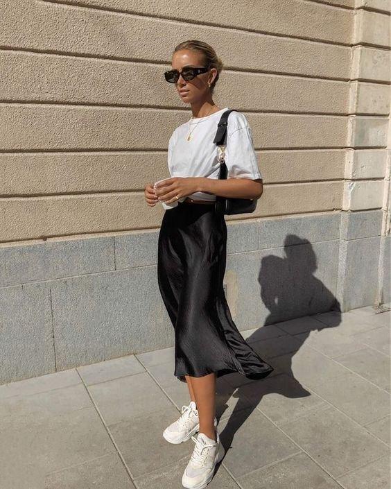 reprodução pinterest - saia e camiseta - midi - verão - street style