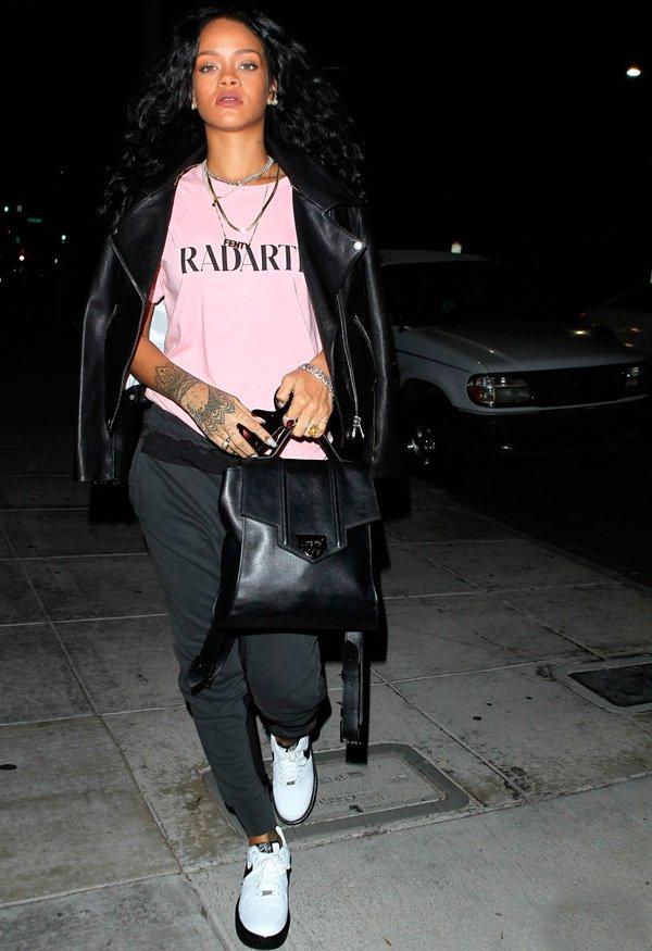 Rihanna - jaqueta-de-couro - couro - inverno - street-style