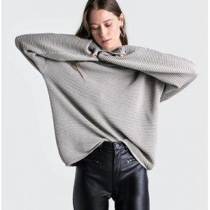 Suéter Em Tricô De Algodão Com Fio Metalizado Gola Alta