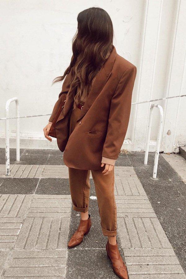 Ana Rey - conjuntinho - botas no office - inverno - street style