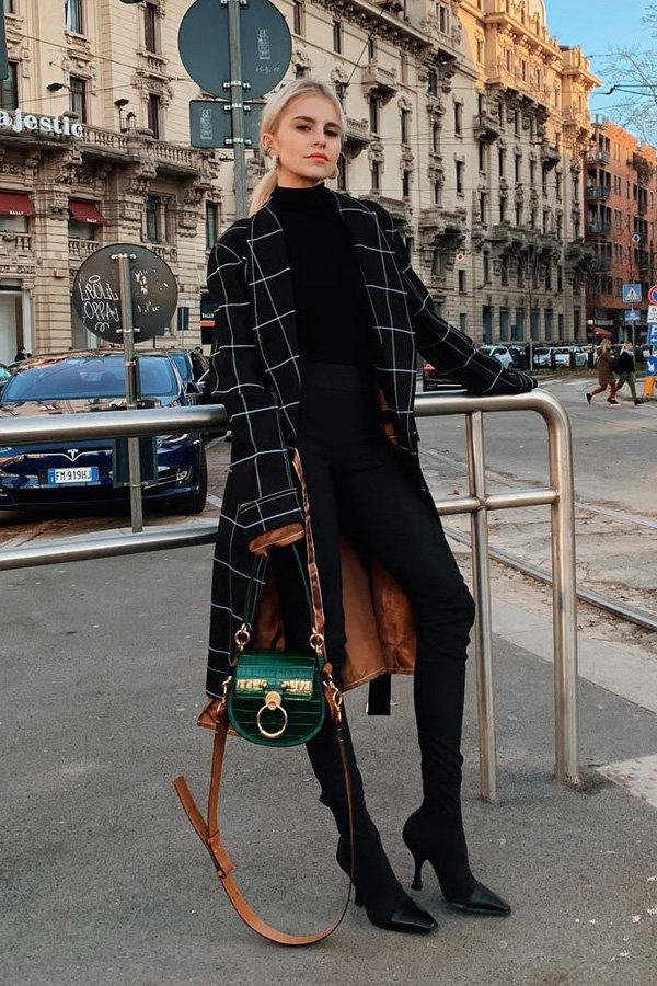 Caroline Daur - bag - croco - winter - street style