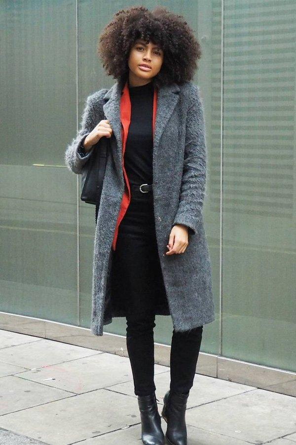 Samio - calça e blusa preta  - botas no office - inverno - street style