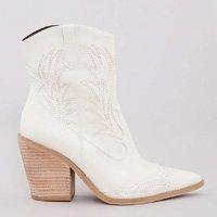 bota feminina country com pespontos bico fino off white - 36