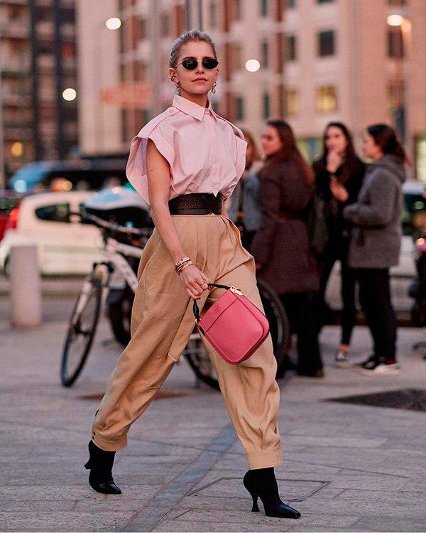 Caroline Daur - calca-bege - bege - inverno - street-style