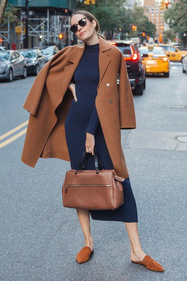 Louise Roe - casaco e vestido - camel coat - inverno - street style