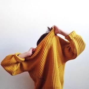 Como usar o tricot amarelo com diferentes combinações