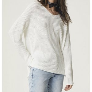 Blusão Feminina Básica Em Tricô Com Modelagem Alongada