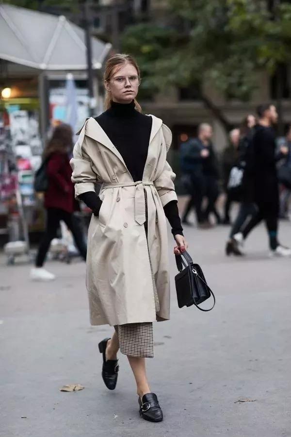 reprodução pinterest - trench coat - styling tips de casacos - inverno - street style